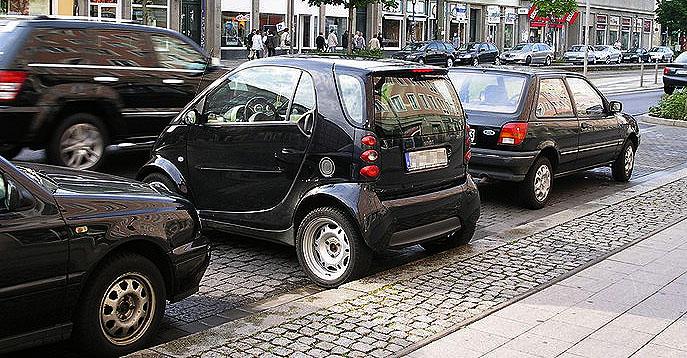 Rechtsfrage: Darf man quer einparken?